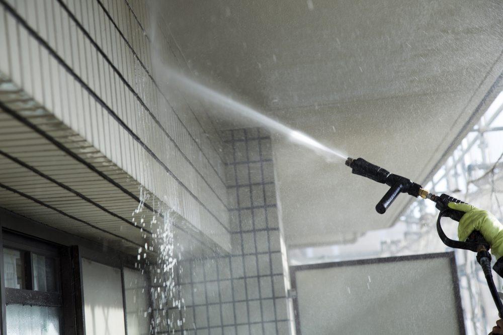 高圧洗浄はウイルス対策に画期的!安心で清潔を保つ高圧洗浄